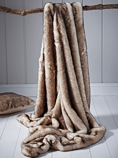 Supersoft Faux Fur Throw - Snow Fox