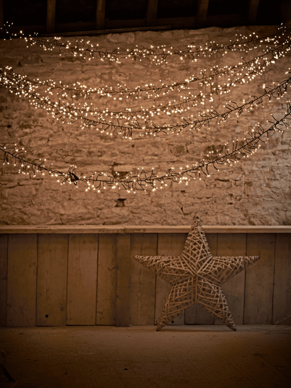The Ultimate Outdoor Twinkle Light Garland