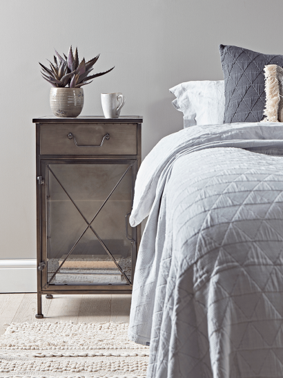 Industrial Style Bedside cabinet