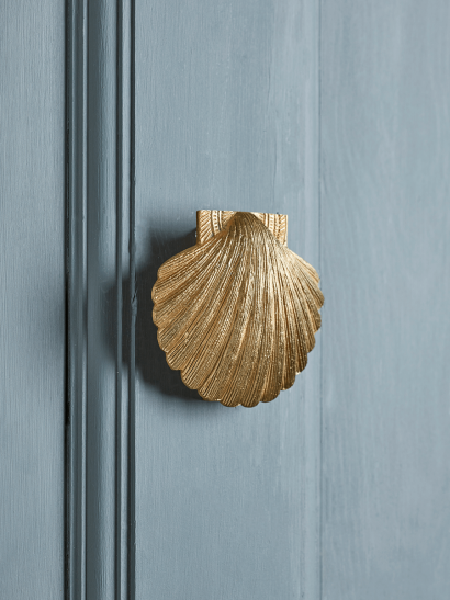Shell Door Knocker – Solid Brass