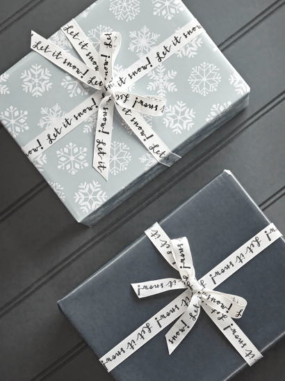 NEW Alpine Snowflakes Reversible Wrapping Paper
