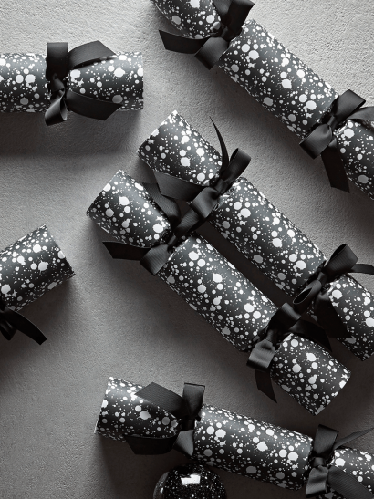 NEW Luxury Handmade Black & White Splatter Cracker