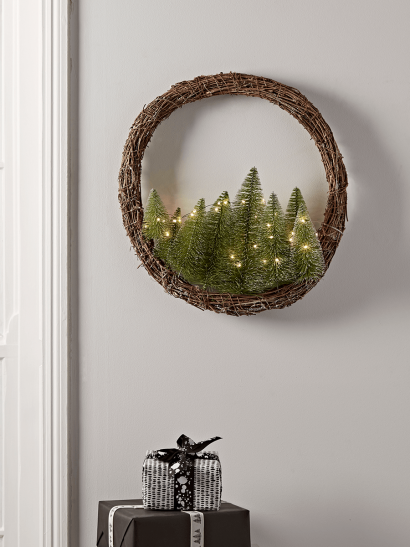 NEW Light Up Brush Trees Wreath