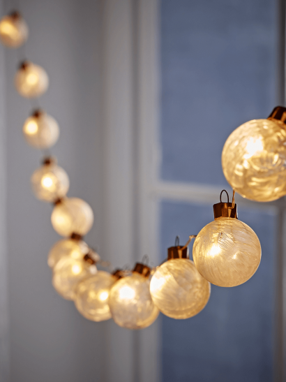 NEW Frosted Bauble String Lights