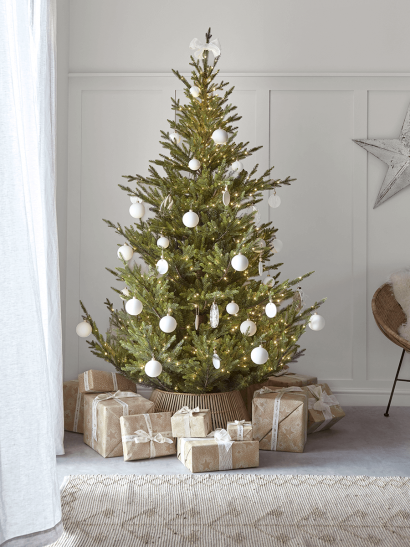NEW The Ultimate Pre-Lit Christmas Tree