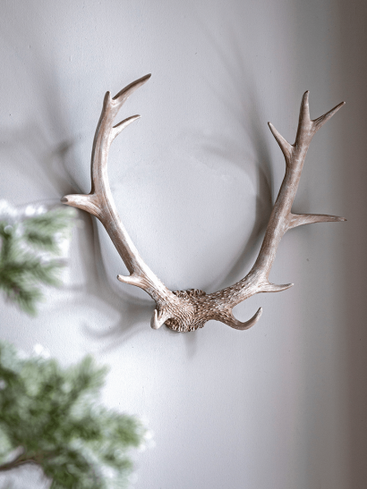NEW Faux Hanging Antlers