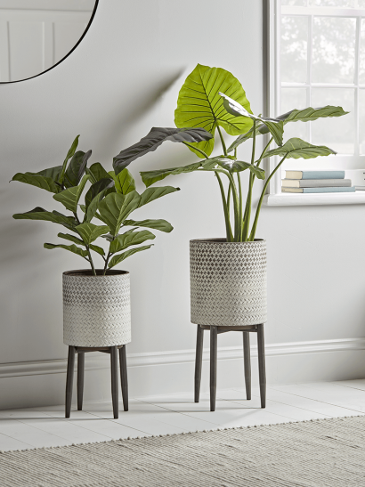 NEW Ombre Whitewashed Standing Planter