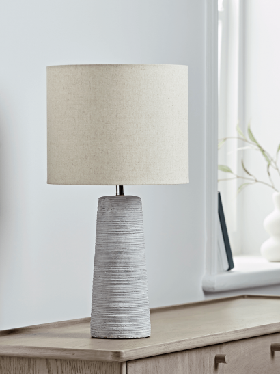 Ribbed Tapered Table Lamp