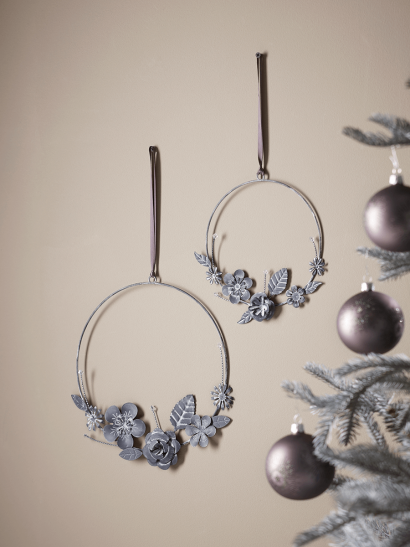NEW Two Aged Zinc Wire Wreathes