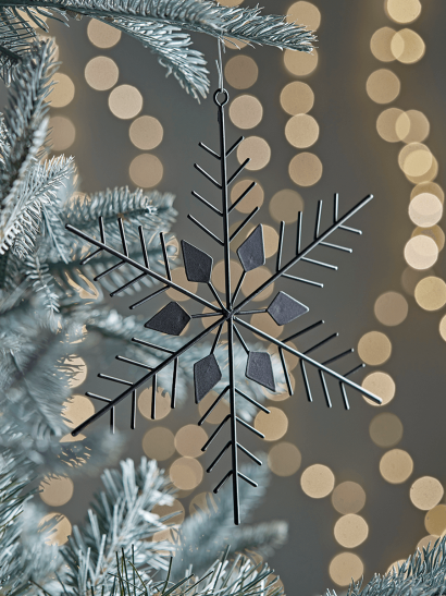 NEW Six Large Wire Snowflakes