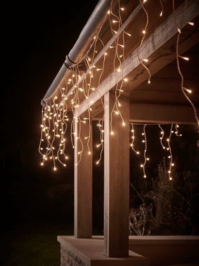 NEW Outdoor Connectable Icicle Lights