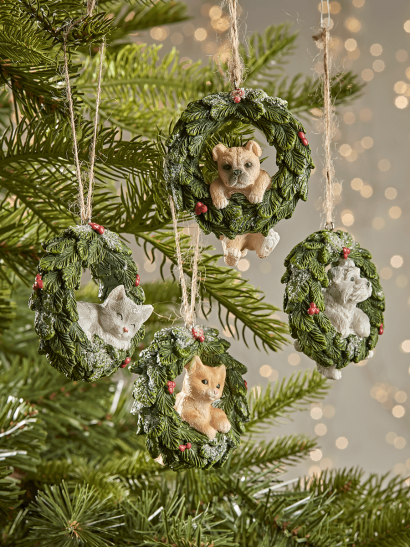 NEW Four Hanging Pet Wreathes