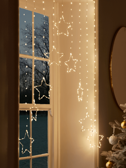 NEW Star Tipped Light Up Curtain