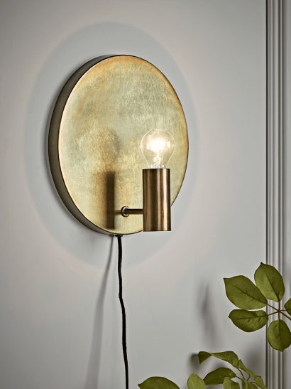 Round Antique Gold Wall Light