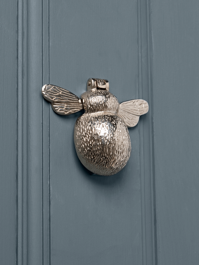 Bumble Bee Door Knocker – Nickel