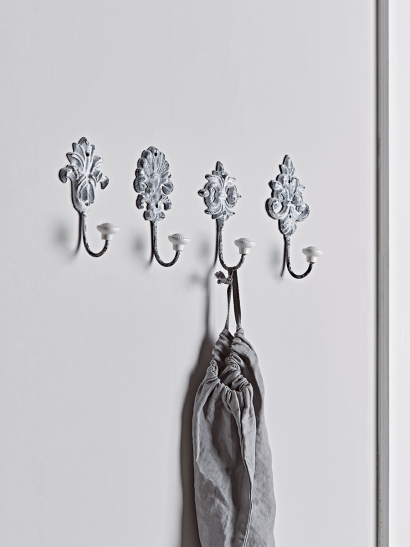 NEW Four Grey Washed Hooks