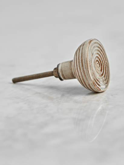 NEW Spiral Porcelain Knob