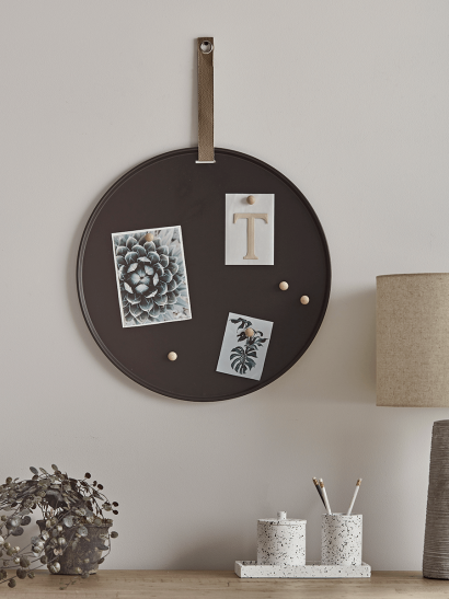NEW Round Magnetic Memo Board