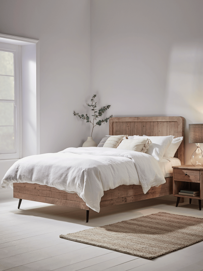 NEW Southwold Bed