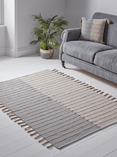 NEW Striped Tasselled Woven Cotton Rug - Blue