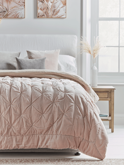 Pin-Tucked Velvet & Linen Kingsize Quilt - Blush