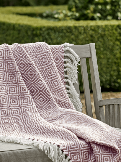 NEW Indoor Outdoor Squares Reversible Throw - Blush