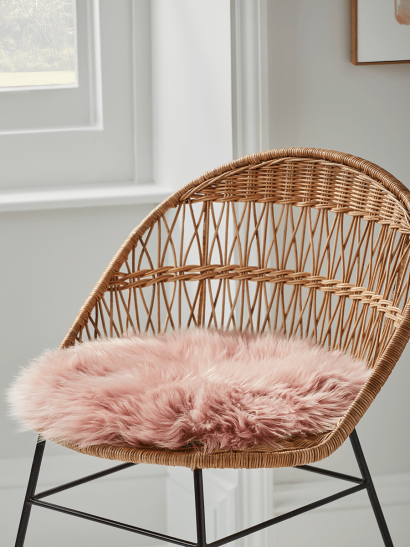 NEW Sumptuous Sheepskin Seat Pad - Blush