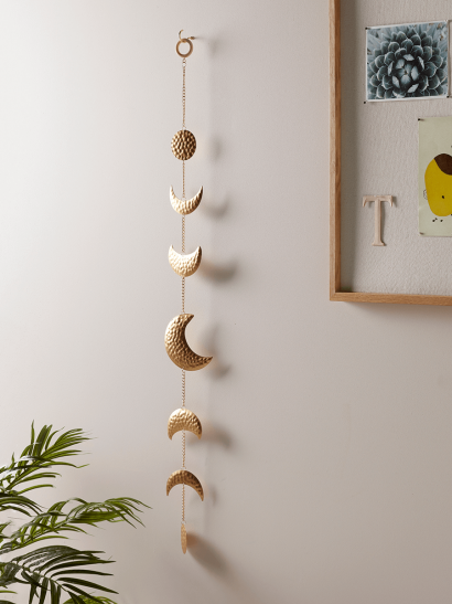 NEW Hammered Brass Moon Garland