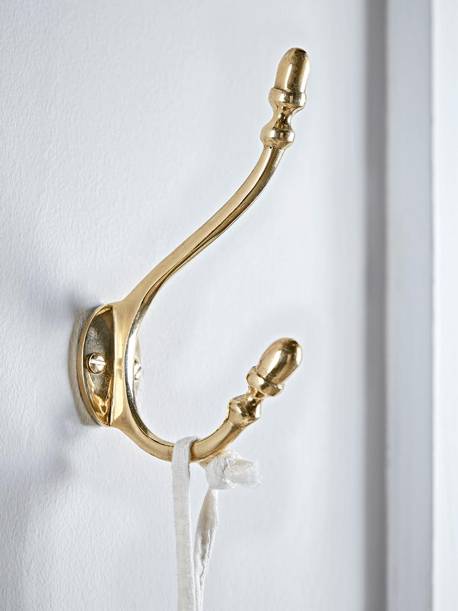 Acorn Coat Hook - Brass